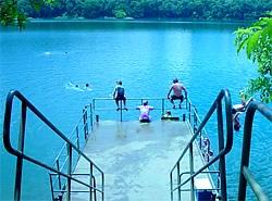 p-lake-eacham.jpg